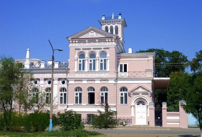 dom-kuptsa-m.-a.-shelehova-700x477