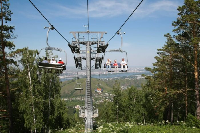 fanpark-bobrovyy-log-700x466