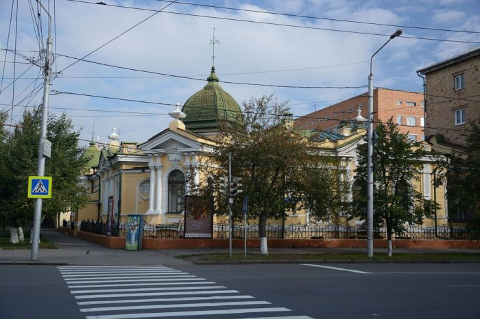 hudozhestvennyy-muzey-imeni-v.-i.-surikova-700x466