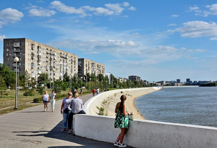 irtyshskaya-naberezhnaya-700x479
