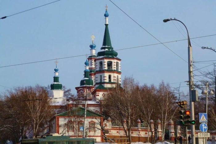krestovozdvizhenskaya-tserkov-700x469