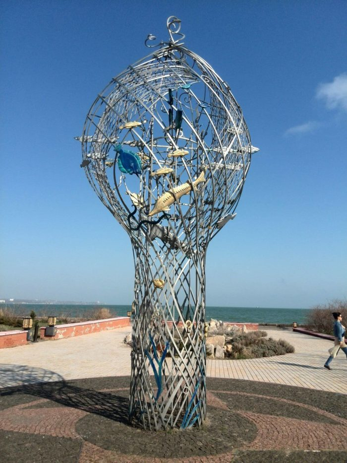 skulptura-dary-morya-700x933