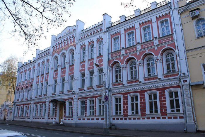 smolenskaya-hudozhestvennaya-galereya-700x467