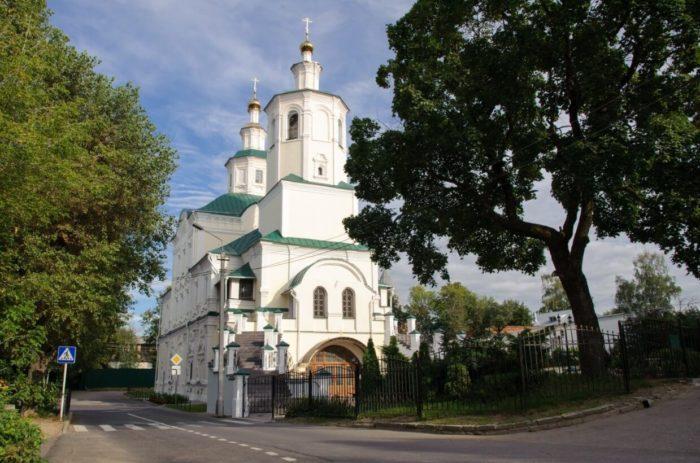 spaso-preobrazhenskiy-avraamiev-monastyr-700x463