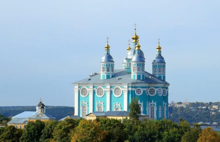 uspenskiy-sobor-1-700x453