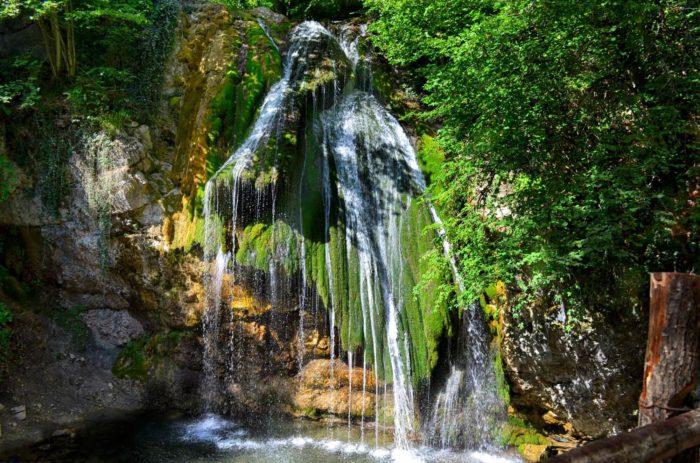 vodopad-dzhur-dzhur-700x463