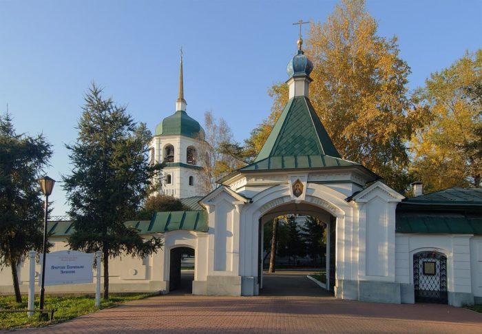 znamenskiy-monastyr-700x485