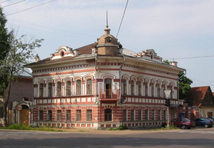Dom-Vinogradovyh-700x485