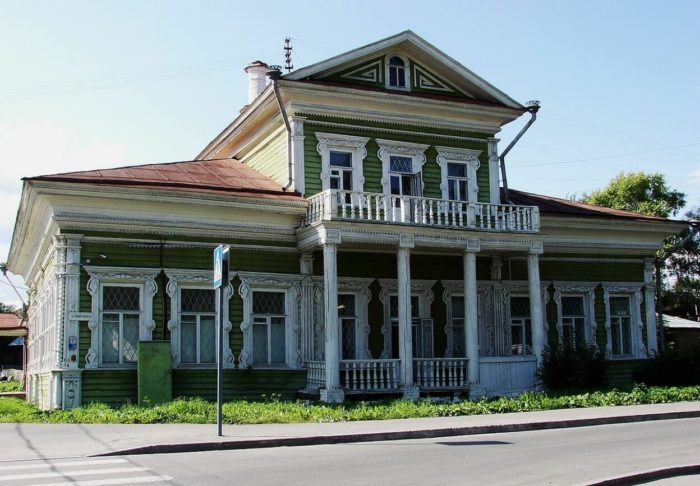 Dom-Zasetskih-700x486