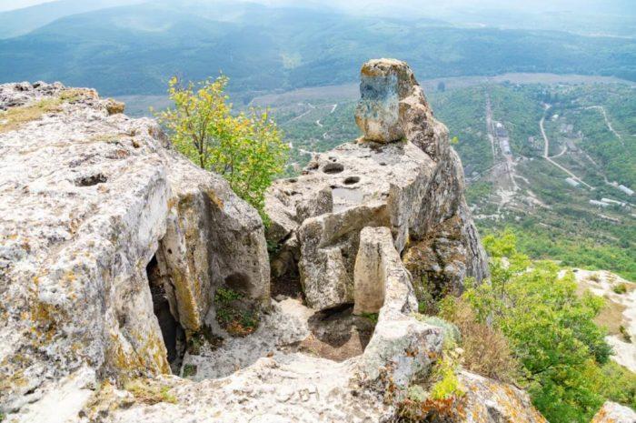 Gorod-krepost-Tepe-Kermen-700x465
