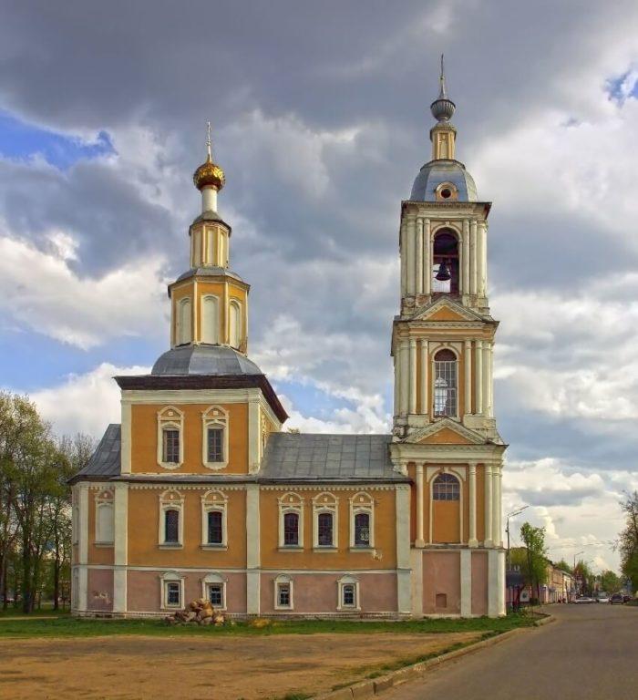 Kazanskaya-tserkov-1-700x768