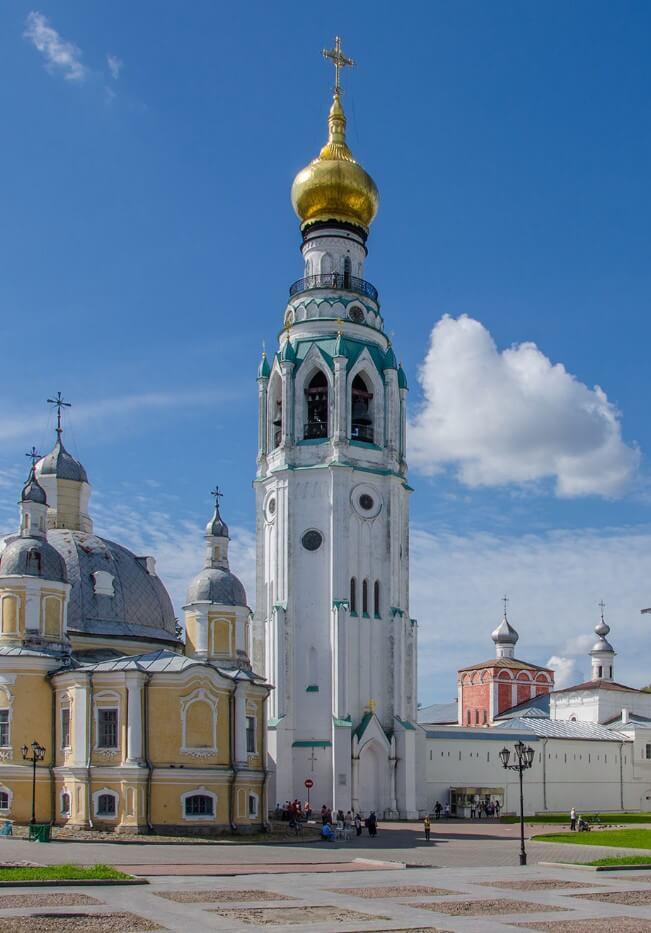 Kolokolnya-Vologodskogo-Kremlya-