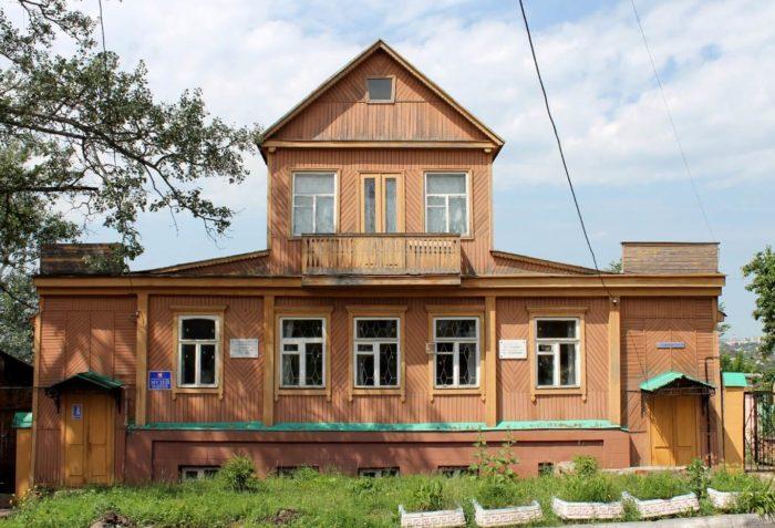 Muzey-A.-G.-Ufimtseva-i-F.-A.-Semenova-700x477