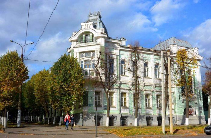 Muzey-ivanovskogo-sittsa-700x457