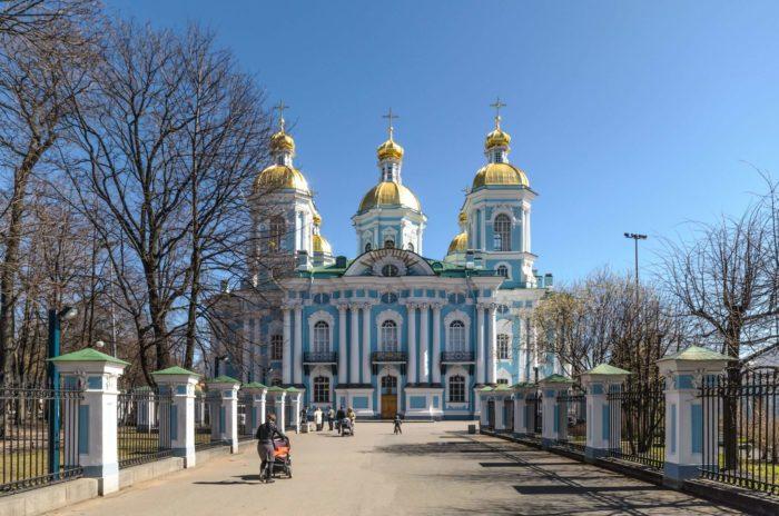Nikolskiy-morskoy-sobor-700x464