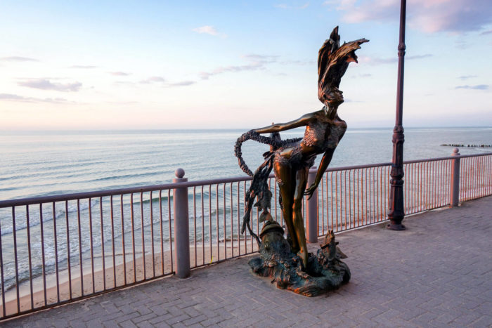 Skulptura-Undina-700x467