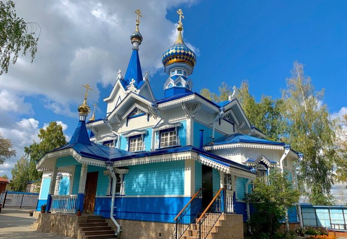 Uspenskiy-sobor-700x483