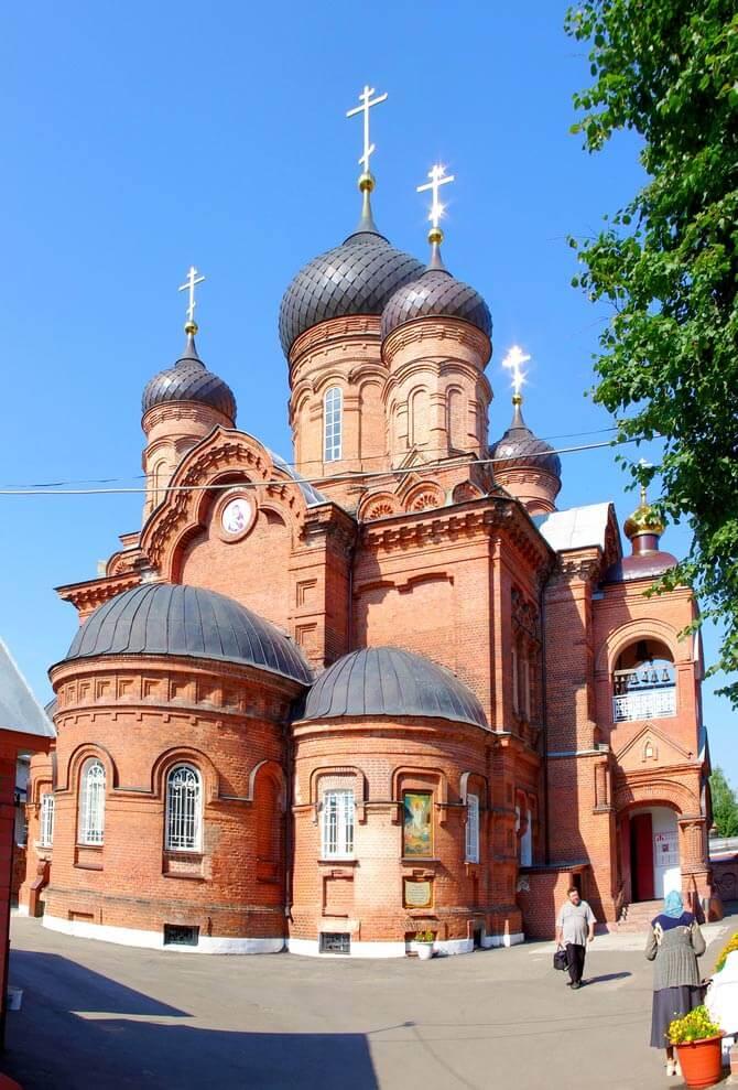 Vladimirskaya-tserkov