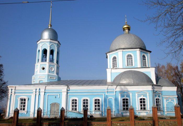 Vvedenskaya-tserkov-700x481