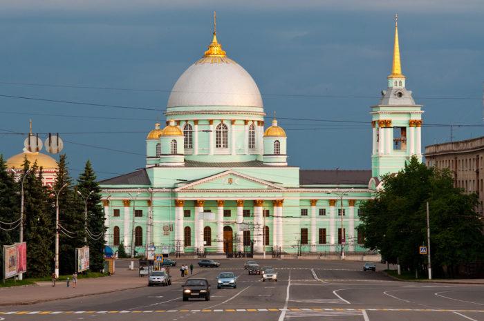 Znamenskiy-Bogoroditskiy-monastyr-700x465