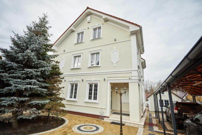 Apartamenty-Dom-na-Sadovoy-700x466