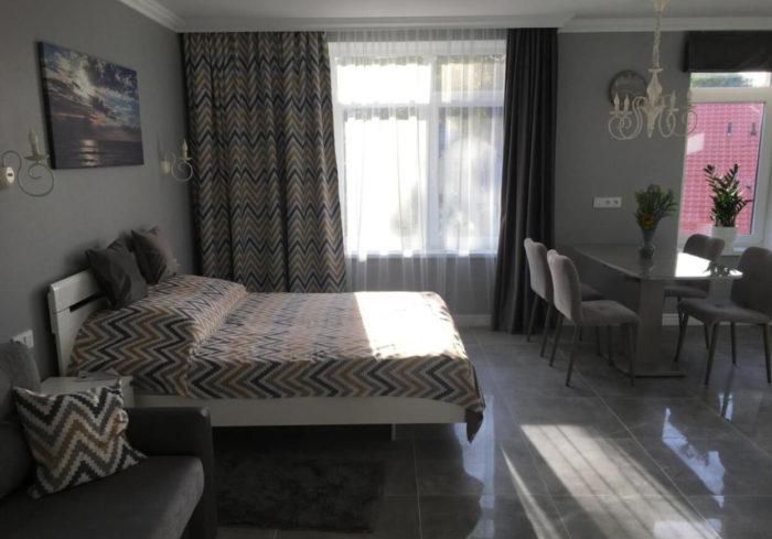 Apartamenty-Studiya-u-morya-700x489