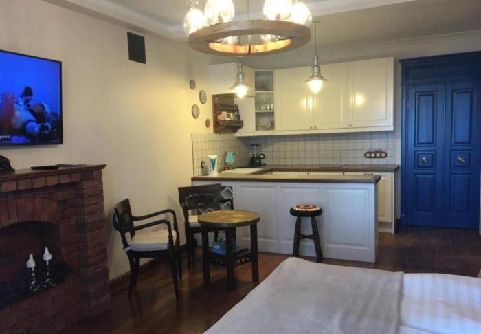 Apartamenty-studio-S-vidom-na-more-700x486