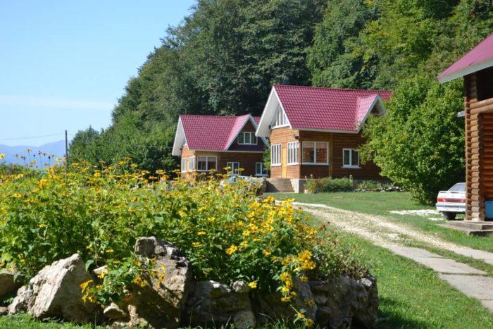 Baza-otdyha-Zvezdnaya-dolina-700x467