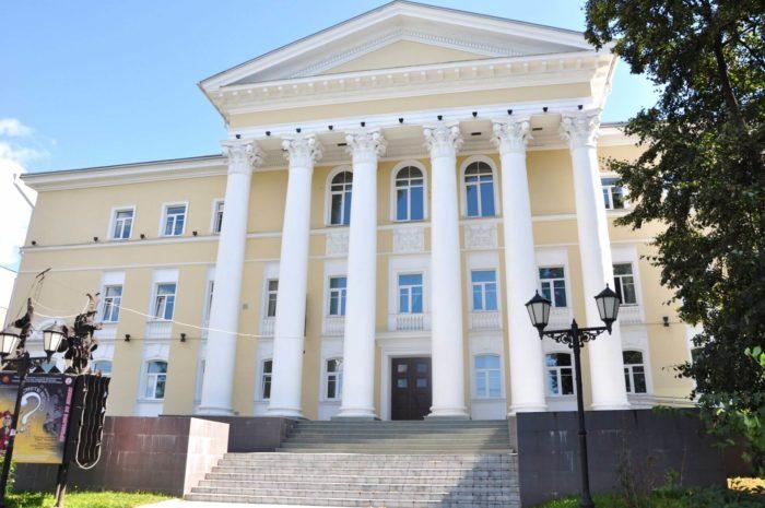CHuvashskiy-teatr-kukol-700x465