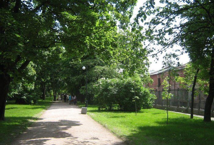Ekaterininskiy-park-700x475