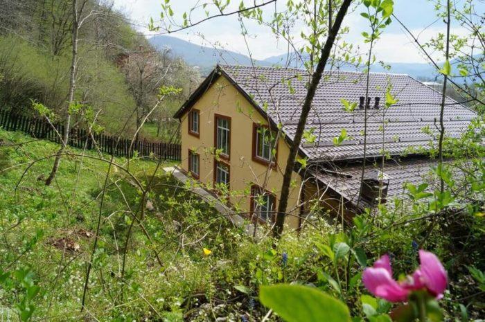 Gostevoy-dom-Dahovskoe-pomeste-700x465