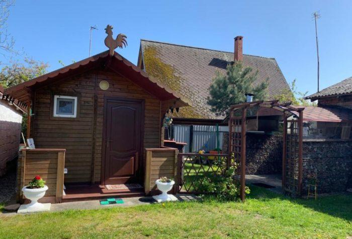 Gostevoy-dom-wooden-house-700x477