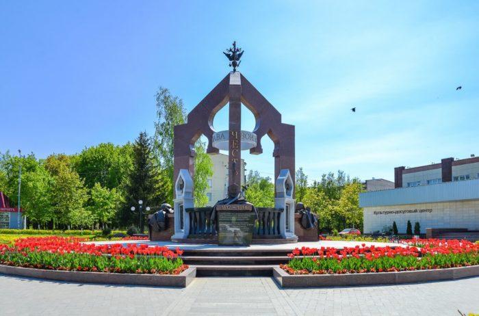 Memorial-Slava-rossiyskomu-soldatu-v-Ershovo-700x462