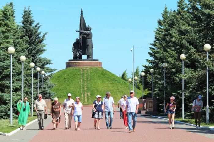 Memorialnyy-park-Pobeda-700x467