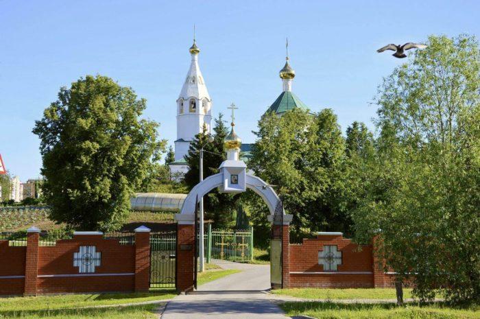 Spaso-Preobrazhenskiy-monastyr-700x465
