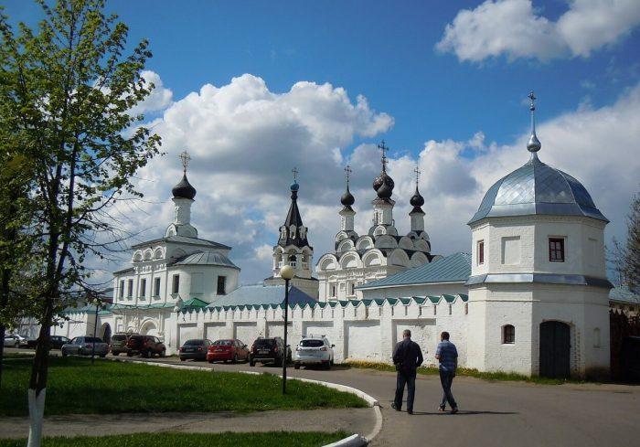 Blagoveschenskiy-monastyr-700x489