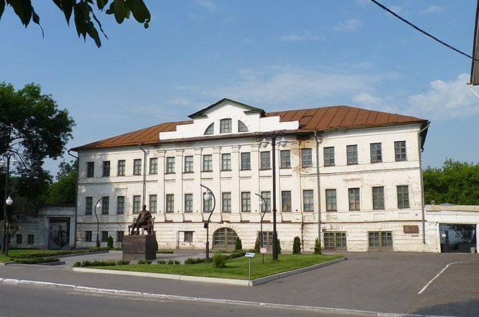 Muromskiy-istoriko-hudozhestvennyy-muzey-700x463