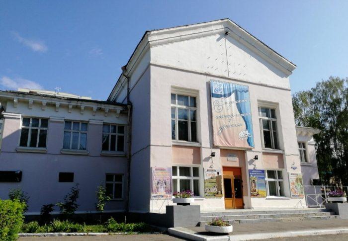 Penzenskiy-teatr-yunogo-zritelya-700x485