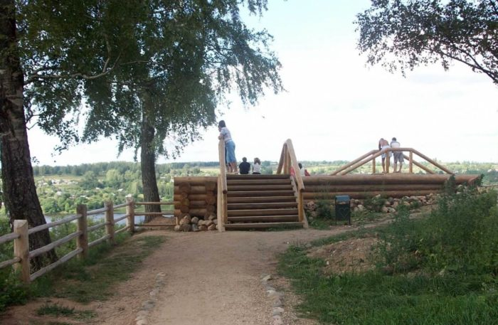 Plesskaya-krepost-700x457