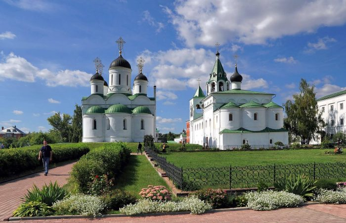 Spaso-Preobrazhenskiy-monastyr-1-700x451