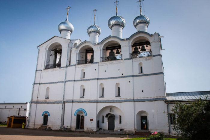 Zvonnitsa-Rostovskogo-kremlya-700x467