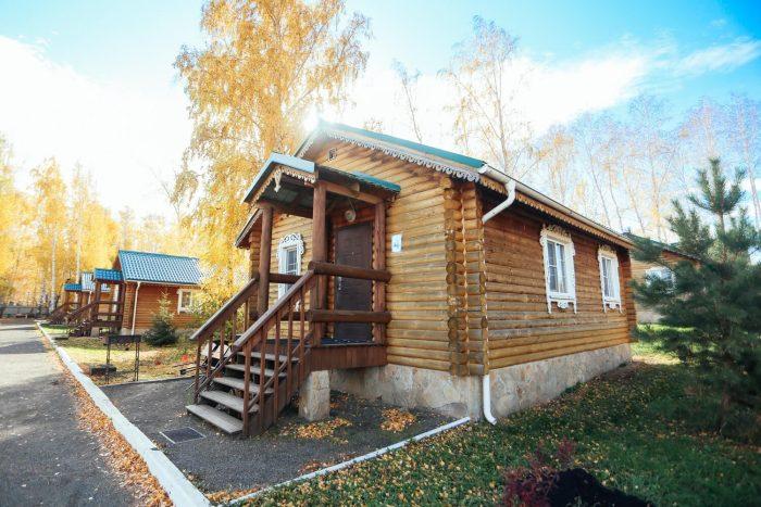 Baza-otdyha-Russkiy-ostrov-700x467