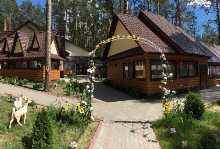 Baza-otdyha-Sosnovka-700x475