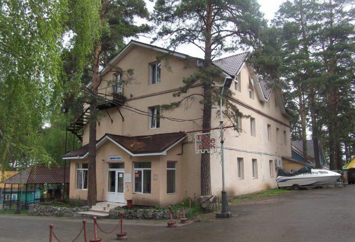 Baza-otdyha-Teremok-700x477