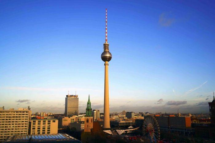 Berlinskaya-telebashnya-700x465
