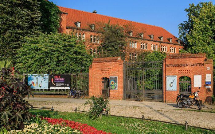 Berlinskiy-botanicheskiy-sad-700x438