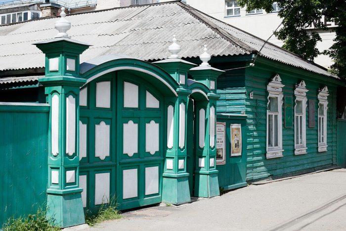 Dom-muzey-M.-E.-Saltykova-SCHedrina-700x467