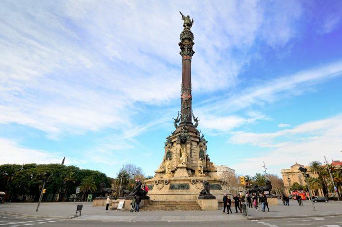 Monument-Hristoforu-Kolumbu-700x465