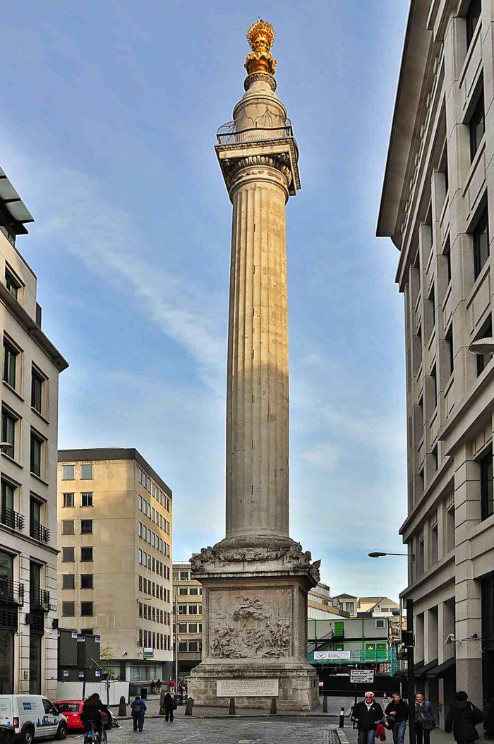 Monument-v-pamyat-o-Velikom-londonskom-pozhare-700x1054