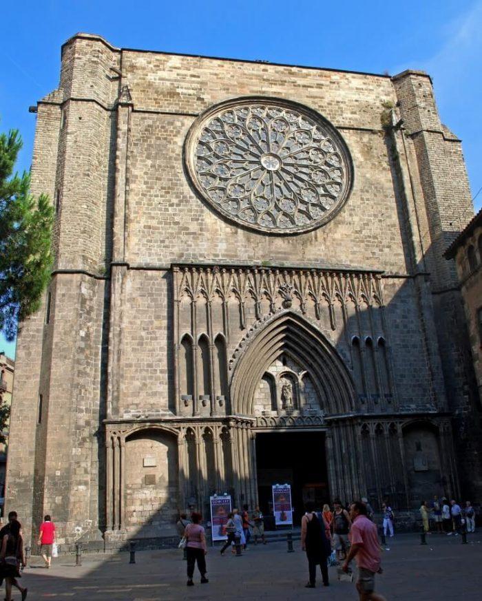 Santa-Mariya-del-Pi-700x873